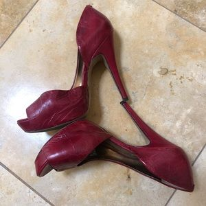 Jessica Simpson heels 7.5